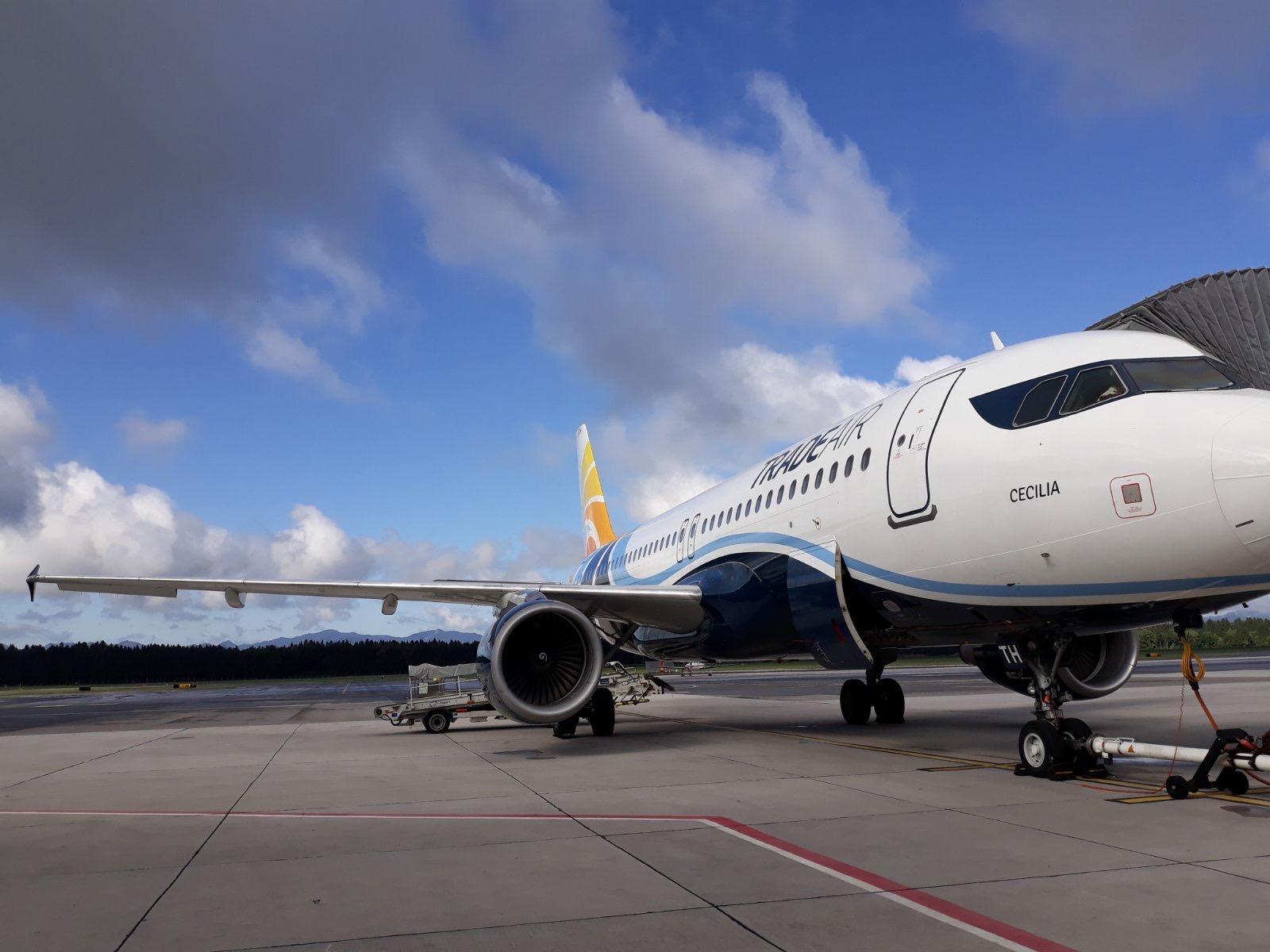 Letalski prevoz Samos