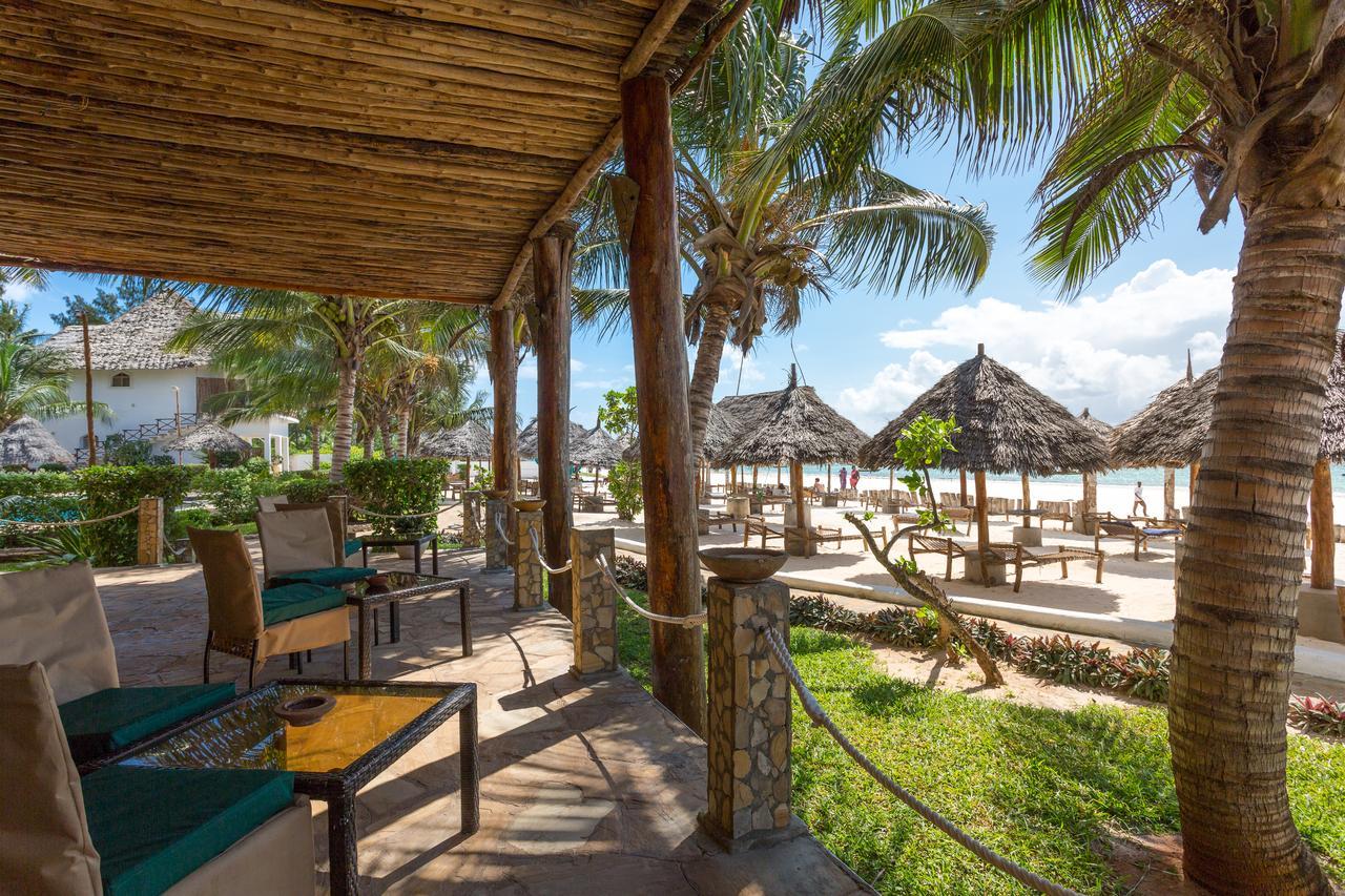 Hotel AHG WARIDI BEACH RESORT&SPA 4*, BGW 1/2 MORSKA STR, Light AI,  Zanzibar -  čarter iz Ljubljane