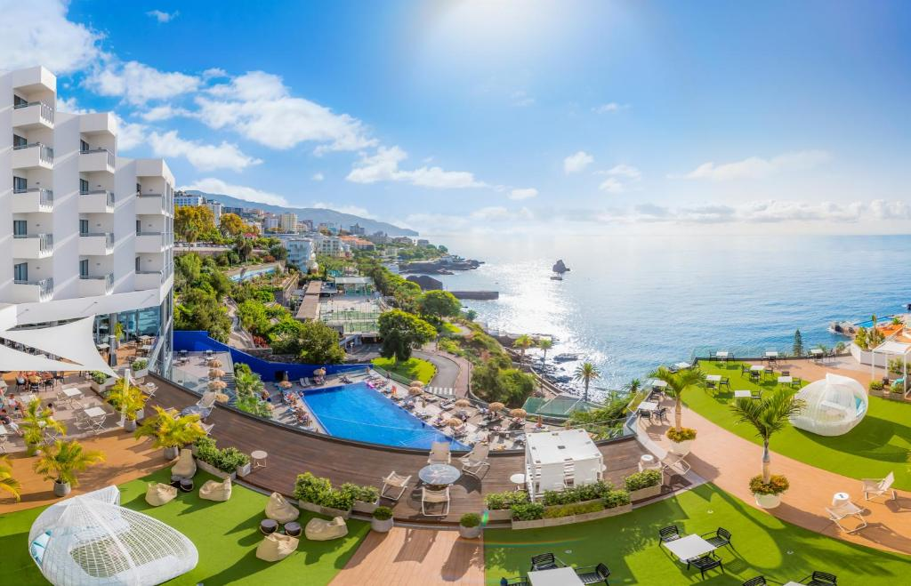Madeira - Hotel Baia Azul 4*