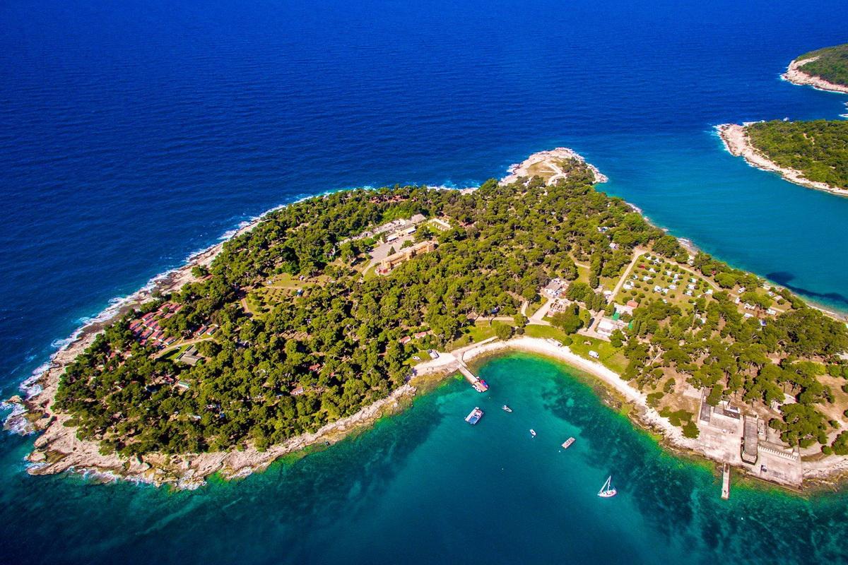 Camping v Istri