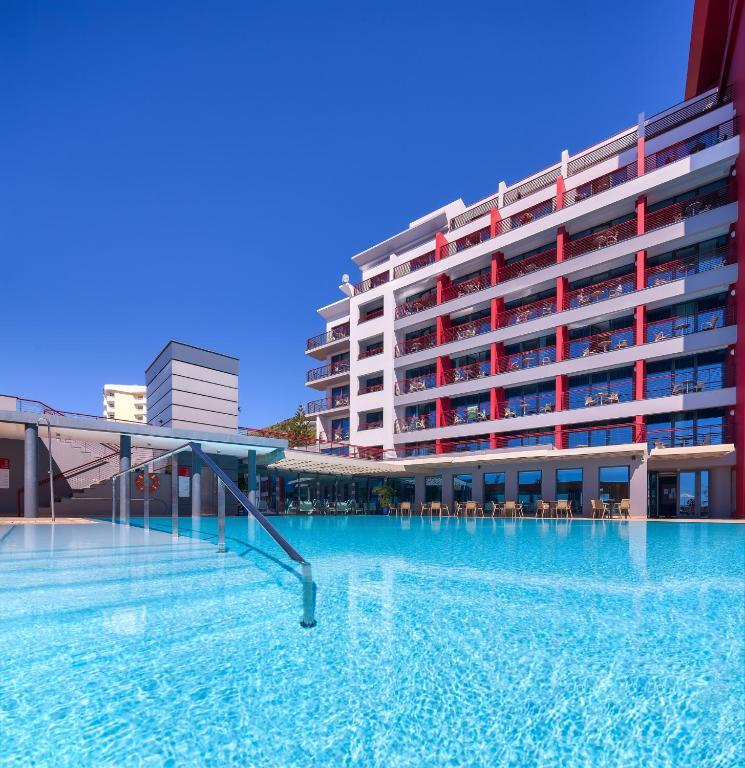 Hotel Four Views Monumental 4*, 1/2+1 NZ,  Madeira 8 dni - čarter iz Ljubljane
