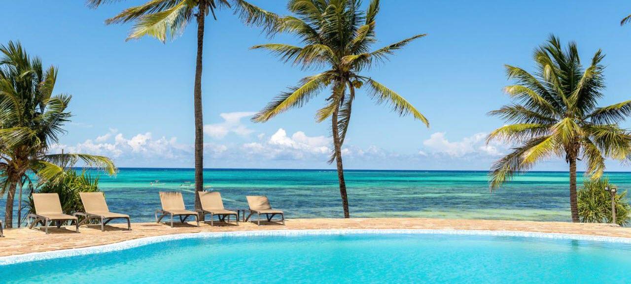 Hotel KARAFUU BEACH RESORT & SPA 5*, 1/2+1 Suita, POL  -  Zanzibar -  čarter iz Ljubljane