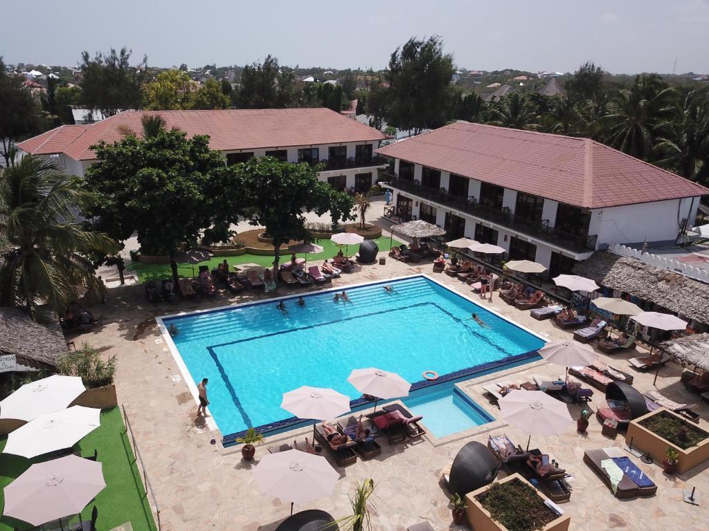 Hotel AMAAN BEACH BUNGALOW 3*, std 1/2+1 pool, NZ,  Zanzibar 10 dni -  let iz Ljubljane