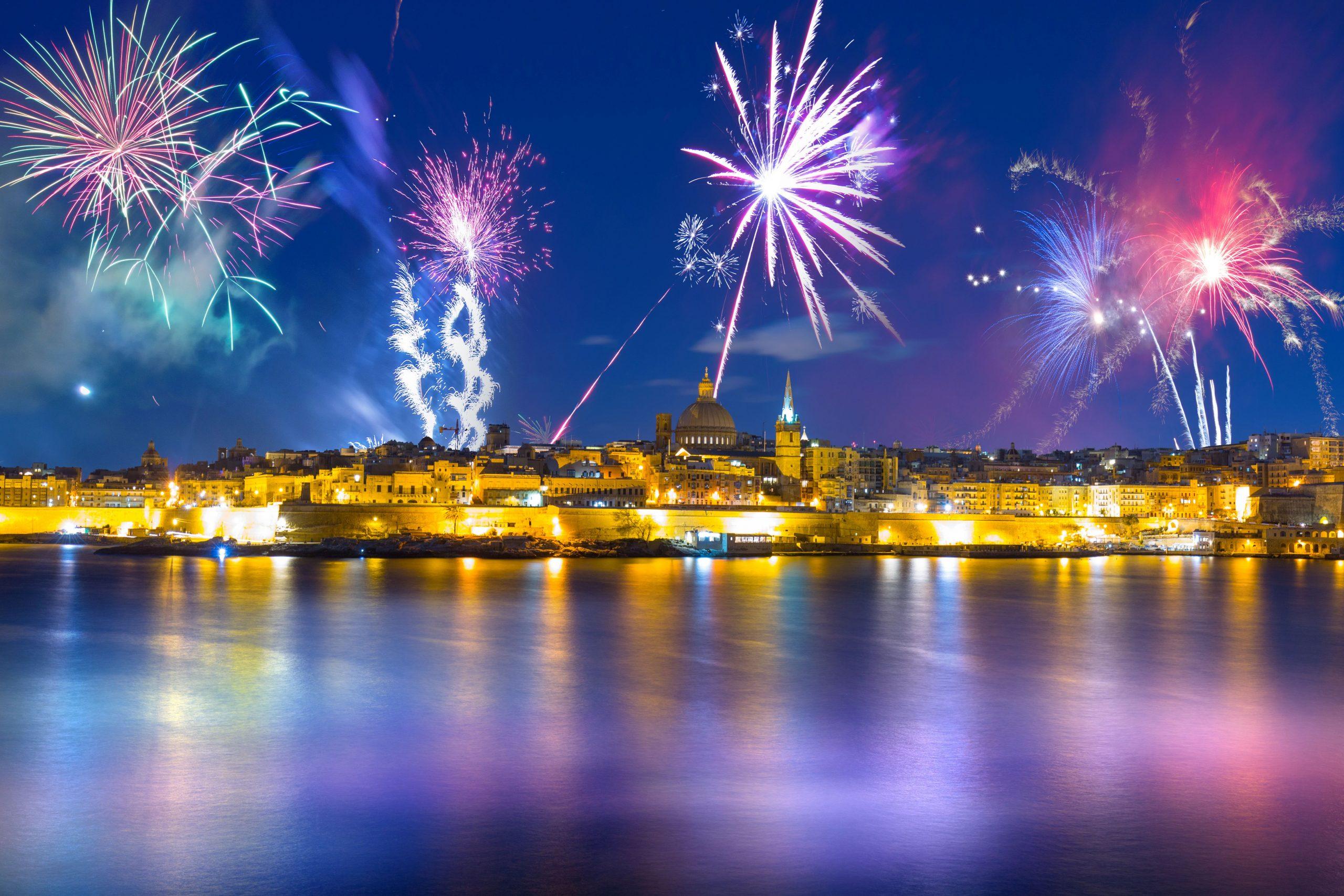 HOTEL DOLMEN 4*, SOBA STANDARD, NOČITEV Z ZAJTRKOM, Novoletna Malta 6 dni - čarter iz Ljubljane